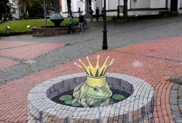 3D-streetart-freddart-strassenmalerei-in-Luedenscheid