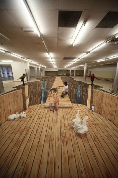 3D Strassenmalerei Teamwok mit Edgar Müller bei seinem Charity Projekt für das Tierheim in Koblenz 2013