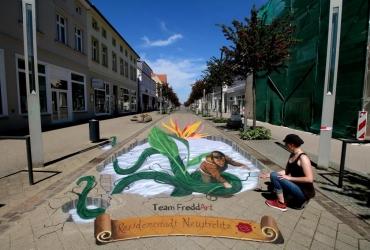 3D Streetart in der Residenzstadt Neustrelitz by FreddArt