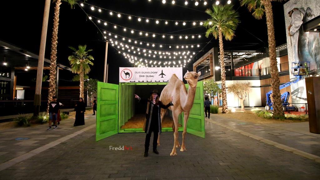 Fredda Wouters beim Dubai Canvas Festival 2018 mit Ihrer 3D streetart Heimweh